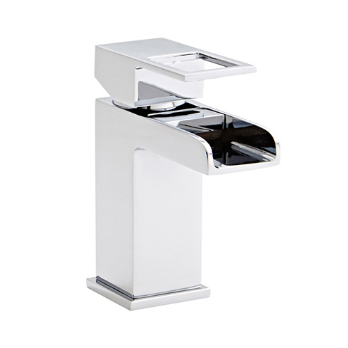 Phase-basin-mixer-with-clicker-waste